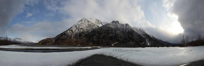 Pioneer Peak 4 2011-04-07 by eRality