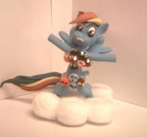 Rainbow Dash with Parasprites by EarthenPony