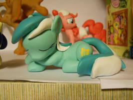 Lyra, Sleeping by EarthenPony