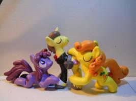Secret Agent Donut Joe and his fangirls by EarthenPony