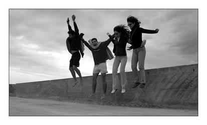 Friendship jumps by goncalo