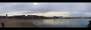 Poniente beach by enochmm