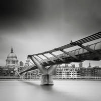 London.04 Millenium Bridge by sensorfleck