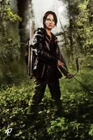 Katniss Everdeen by xskiesrbluex