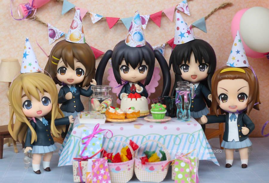 Happy Birthday Azunyan by kixkillradio