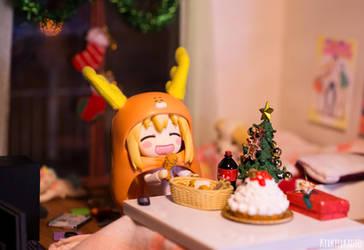 Umaru on Christmas Day by kixkillradio