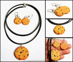 Chocolate Chip Cookie Necklace and Earring Set by PepperTreeArt