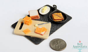 1:12 Grilled Cheese Prep Board by PepperTreeArt
