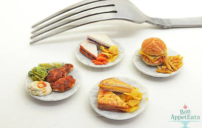 1:12 Food on Ceramic Plates by PepperTreeArt