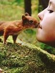 Kiss by Tikrekins