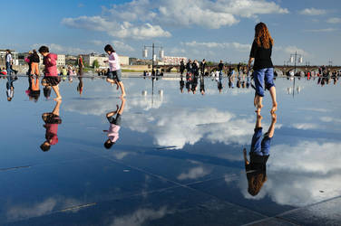 walking on the miror by marcopolo17