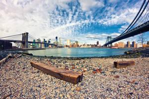 Sandy between the bridges by Skevlar