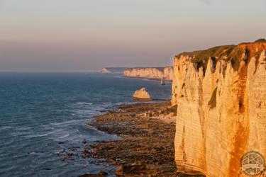 Etretat and it's infinite cliff - Normandy by Salahmi