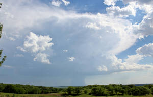 05-27-2018 - Thunderstorm on MO/KS border by WxKnowltey