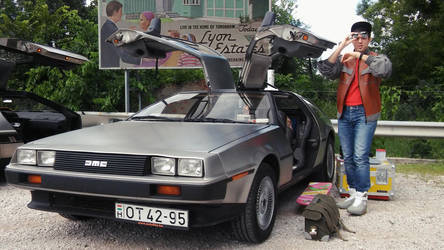 Marty McFly with Delorean 2 by peterszebeni