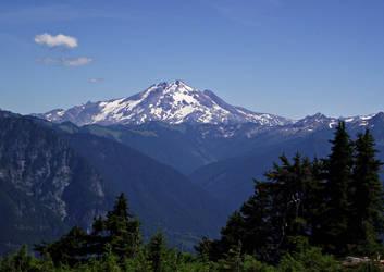 Glacier Peak by cjosborn