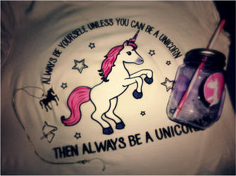 Sweet magical unicorns by SoulEevee99