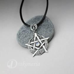 Lunar pentagram by drakonaria