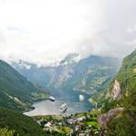 geiranger fjord by Keischa-Assili