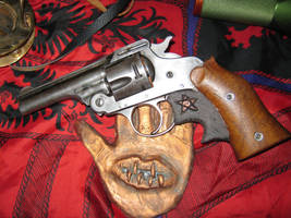 Mythos Hunter Pistol concept by vonmeer