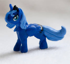 Gift: Sculpted Luna by Samantha-dragon
