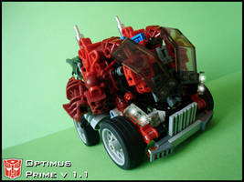 [MOC] Optimus Prime v 1.1 Vehicle Mode by QuQuS