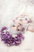 Pale Beauty 2 by Lycilia