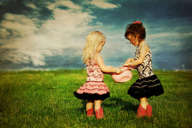 Sisters by stickyredhead