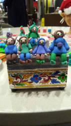 my elfs on a shelf by HoshiiMika