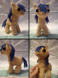 Amigurumi Pony - First try by Randina42