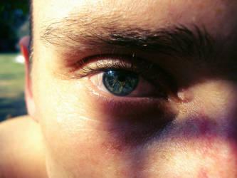 Love_has_blue_eyes___ by Mia92