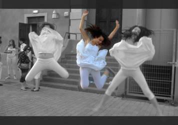 Jump_Agel_Fly_ by Mia92