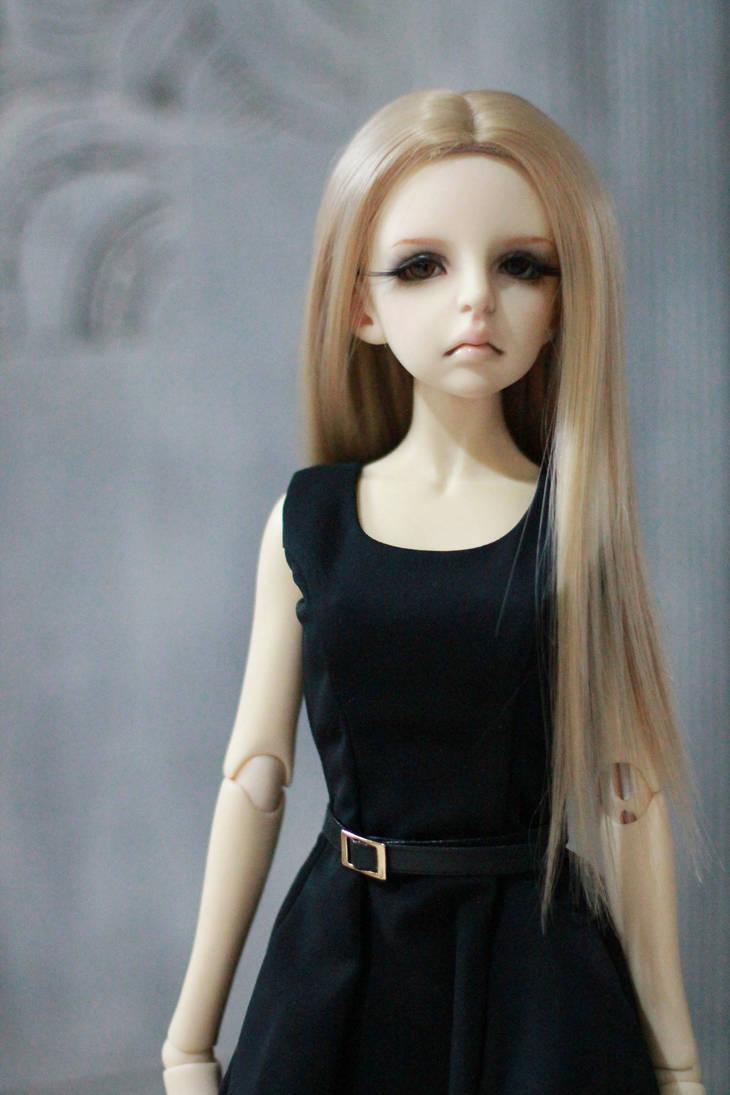 Loÿ (bas p2) Lluvia__dollzone_una__by_chcrte_dcw6mpd-pre
