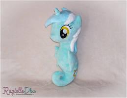 SeaPony Lyra by RazielleDbx