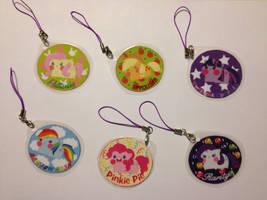 My Little Pony Keychains by PauAndLoma