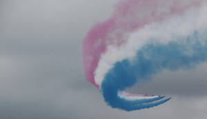 Royal Air Force Red Arrows II by lastboardingcall