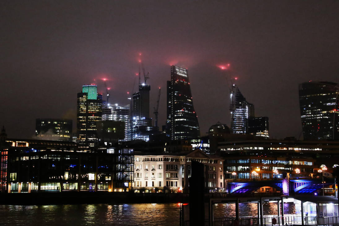 Foggy Night in London by AKrukowska