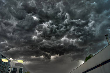 Stormy Day by Yonka180