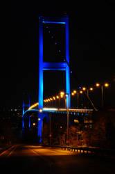 Bosphorus Night by bilaluzun