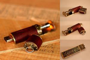 Steampunk USB Flash Drive by AlladdinSE