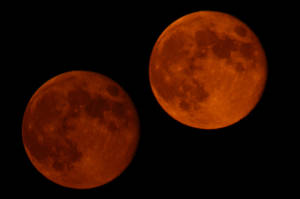 2 Shots of the Red Moon by MichaelGBrown