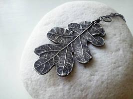 Silver Oak Leaf by QuintessentialArts