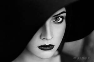 Black Madonna by la-monalisa