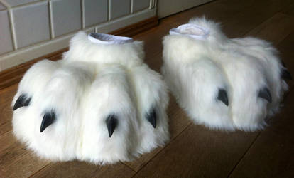 fursuit paws by InerriCreatures