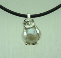 Silver Owl with Pearl by orfeujoias