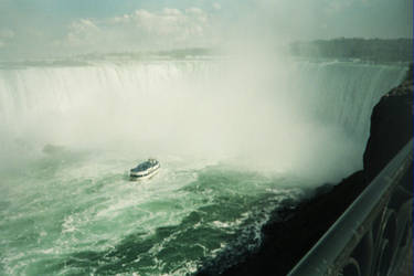 Canadian Side Niagra (19) by gwilliams70