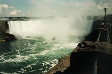 Canadian Side Niagra (23) by gwilliams70