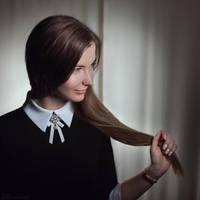 Julia by Anhen