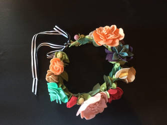 Felt Flower Crown by angeldevilland