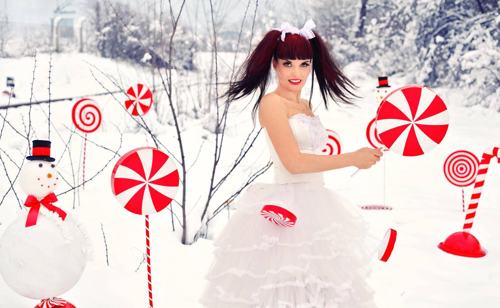 Lost in Wonderland by LadyOfTheShadow